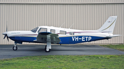 A picture of VHETP - Piper PA32R301 - [3246199] - © George Canciani