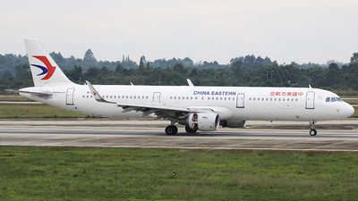 B-8569 - Airbus A321-211 - China Eastern Airlines