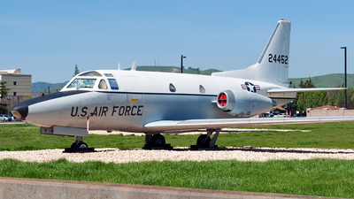 62-4452 - North American CT-39A Sabreliner - United States - US Air Force (USAF)
