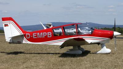 D-EMPB - Robin DR400/180R Remorqueur - Private