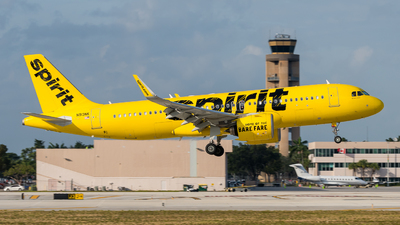 A picture of N913NK - Airbus A320271N - Spirit Airlines - © Pat Leinweber