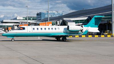 A picture of MABGV - Learjet 45 - Ryanair - © Milan Cibulka