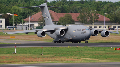 98-0057 - Boeing C-17A Globemaster III - United States - US Air Force (USAF)