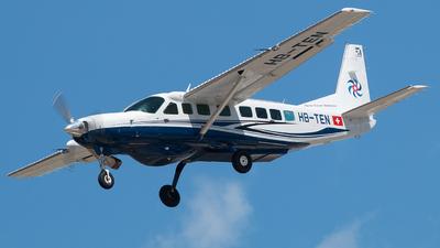 A picture of HBTEN - Cessna 208B Grand Caravan EX - Swiss Flight Services - © Fabio De Nicola