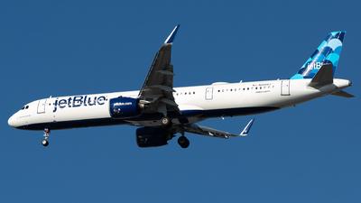 N2044J - Airbus A321-271NX - jetBlue Airways