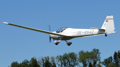 OE-9542 - Scheibe SF.25C Falke - Private