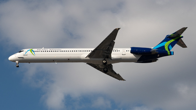 A picture of N807TR - McDonnell Douglas MD83 - World Atlantic Airlines - © JTPAviation