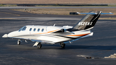 N525WX - Cessna 525 CitationJet M2 - Private