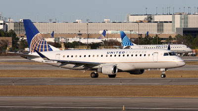 A picture of N89342 - Embraer E175LR - United Airlines - © Roger M