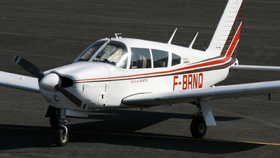 A picture of FBRNQ - Piper PA28R200 - [28R35714] - © Pierre Guilpain