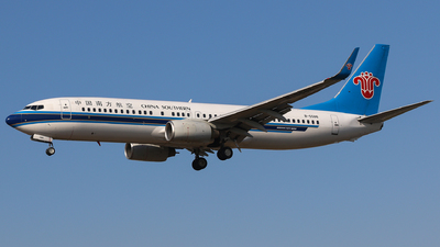 B-5586 - Boeing 737-86J - China Southern Airlines