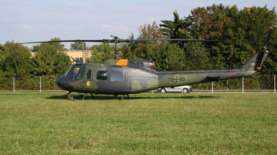 72-83 - Bell UH-1D Iroquois - Germany - Army