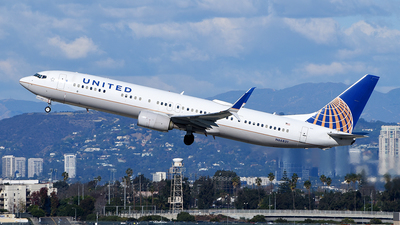 A picture of N66831 - Boeing 737924(ER) - United Airlines - © Rocky Wang