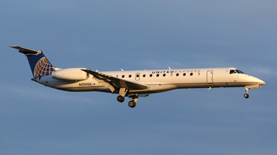 N12900 - Embraer ERJ-145LR - United Express (ExpressJet Airlines)