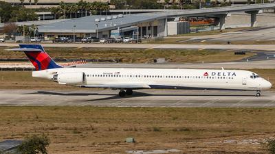 N936DN - McDonnell Douglas MD-90-30 - Delta Air Lines