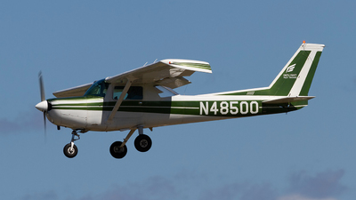 N48500 - Cessna 152 - Inflight Pilot Training