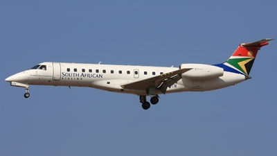 ZS-OTN - Embraer ERJ-135LR - South African Airlink