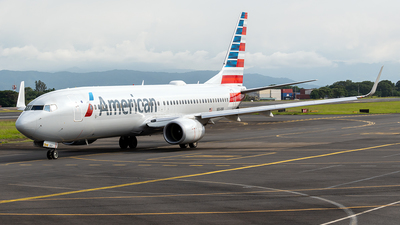 A picture of N864NN - Boeing 737823 - American Airlines - © Cristian Quijano