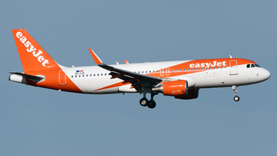A picture of OEIJG - Airbus A320214 - easyJet - © DN280