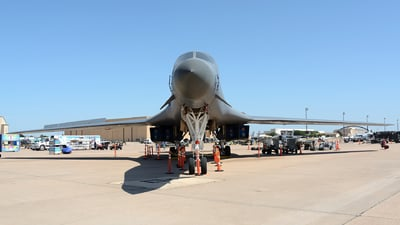 86-0136 - Rockwell B-1B Lancer - United States - US Air Force (USAF)