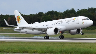 6V-SEN - Airbus A320-251NCJ - Senegal - Government