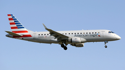N126HQ - Embraer 170-200LR - American Eagle (Republic Airways)