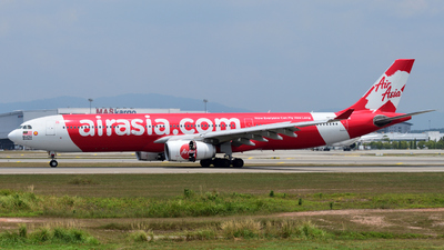 A picture of 9MXXC - Airbus A330343 - AirAsia X - © flee