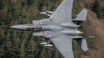 01-2001 - Boeing F-15E Strike Eagle - United States - US Air Force (USAF)
