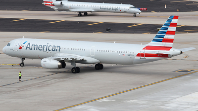 A picture of N917UY - Airbus A321231 - American Airlines - © Sam Thomas