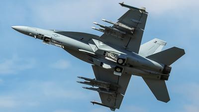 168890 - Boeing F/A-18F Super Hornet - United States - US Navy (USN)
