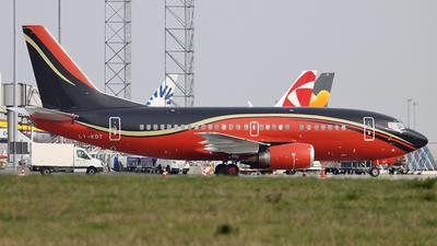 LY-KDT - Boeing 737-522 - KlasJet