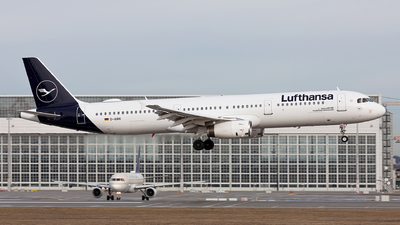 A picture of DAIRK - Airbus A321131 - Lufthansa - © Fabian Luehrs