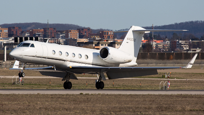 N450XX - Gulfstream G450 - Stephenson Air Services