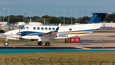 N166CL - Beechcraft 300 Super King Air - Private