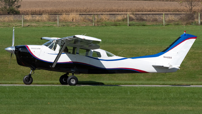 N442SS - Cessna P206B Stationair - Private