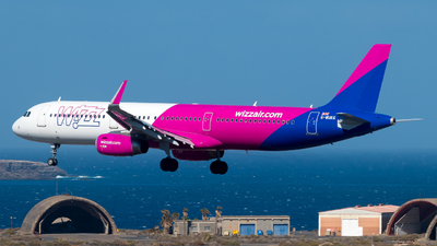 G-WUKG - Airbus A321-231 - Wizz Air UK