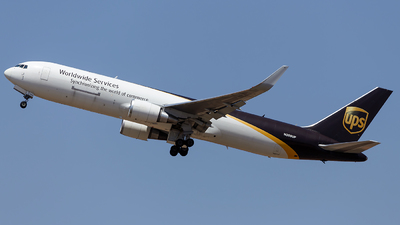 A picture of N359UP - Boeing 76734AF(ER) - UPS Airlines - © Matheus Lima
