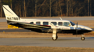 N678BY - Piper PA-31-350 Navajo Chieftain - Private