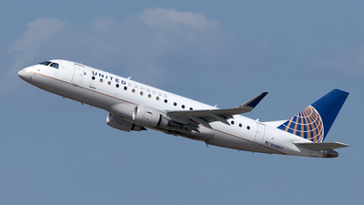 A picture of N108SY - Embraer E175LR - United Airlines - © Yixin Chen