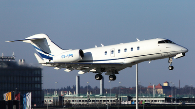 OY-SPB - Bombardier BD-100-1A10 Challenger 300 - ExecuJet Scandinavia