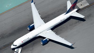 N545US - Boeing 757-251 - Delta Air Lines