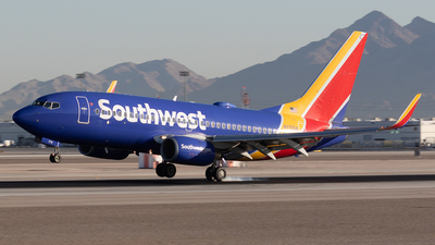A picture of N770SA - Boeing 7377H4 - Southwest Airlines - © Felipe Garcia