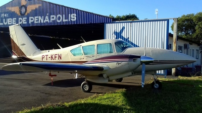 PT-KFN - Piper PA-23-250 Aztec - Private