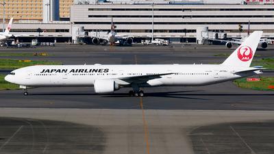 A picture of JA738J - Boeing 777346(ER) - Japan Airlines - © Shogo Kawai