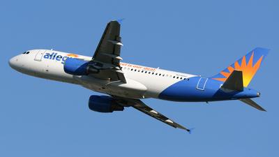 N216NV - Airbus A320-214 - Allegiant Air