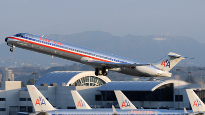 N566AA - McDonnell Douglas MD-83 - American Airlines