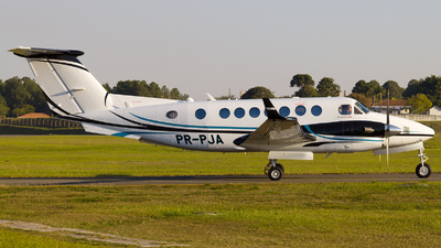 PR-PJA - Beechcraft B300 King Air 350i - Private