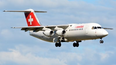 HB-IYY - British Aerospace Avro RJ100 - Swiss