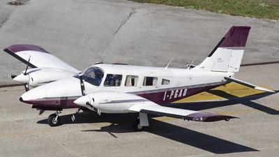 I-PGAD - Piper PA-34-200T Seneca II - Private