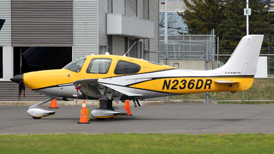 N236DR - Cirrus SR22T-GTS G6 Carbon - Private